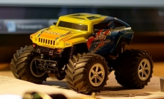 RC auto Big Foot 4WD 1:24 LCD displej