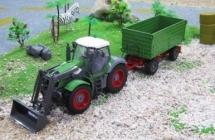 RC Kolesový traktor s vlečkou