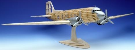 Maketa Douglas DC-3