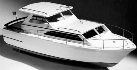 RC loď Trojan Cabin Cruiser