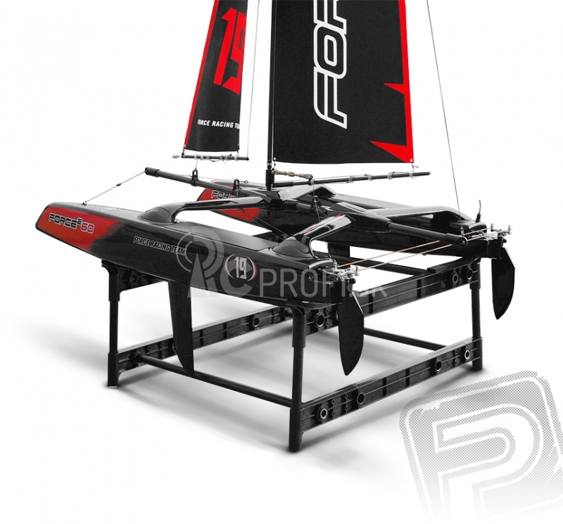 RC plachetnica FORCE 60